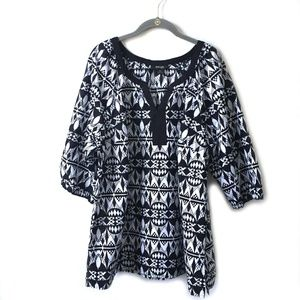 Style & Co Woman Black and White print top